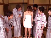 An Mashiro Asian has to show round boobs hanging with hands
