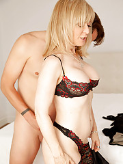 Anilos Nina Hartley receives a hard pussy pounding and a sweet cum shot