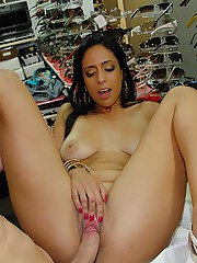 Horny hot amateur latina nailed hard and cumfaced by customer at computer repair shoppe