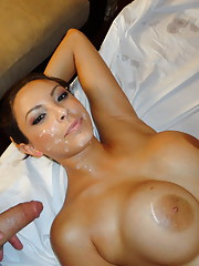 This juicy babe gets much more than a massage