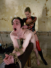 Gorgeous Mistress Slave Trainer electrocutes and fucks his ass!