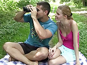 Horny teenager shagging a hotshot outdoors