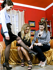 Three lesbian chicks penetrating with dildo