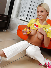 18yo teen Pinky June masturbating with funny duck toy