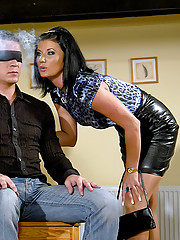 Blindfolded dude shagging two willing hotties