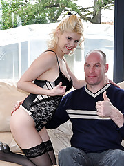 Blonde porn star shagging an old horny senior