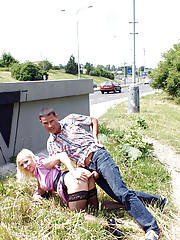 Old fellow nailing a cute blonde near a road