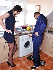 Chick shagging the horny plumber as payment