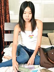 Asian teenage sweetheart shagging boyfriend