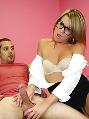 een newcomer Kylie Monroe meets young Billy and his massive balls filled with jizz