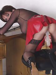 Nylons dominatrix