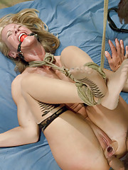Sexy MILF ass fucked in bondage by Prisoner!