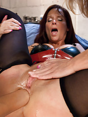 Latex women, anal fisting, stretching and enemas!