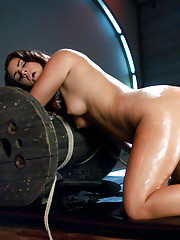 Voluptuous new girl machine stuffed to the limit, cumming loudly and forgetting where she is -Sybian destroys her clit