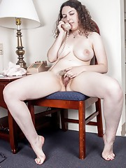 Hairy girl Tamar talks dirty over the phone