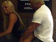 Blondie gives BJ on the street corner