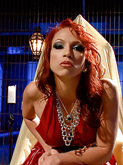 Pussy worship POV bonus clip with Mistress Nicki Hunter