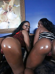 Ebony and Laylan wide open