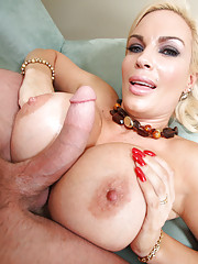 Horny slut with a massive juicy rack loves the cock
