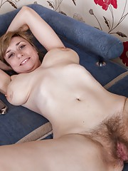 Nira gets comfy in hirsute porn