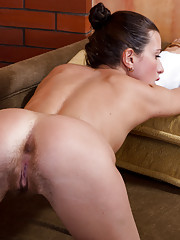 Angelica L shows off her sexy warm hairy pussy
