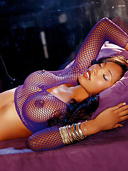 Playmate of the Month December 2006 - Kia Drayton�