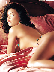 Playmate of the Month August 2002 - Christina Santiago�