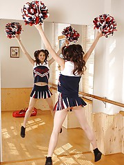 Teen Cheerleaders