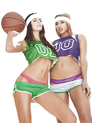 College Basketball feature�