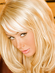 Playmate Xtra - Sara Jean Underwood 04�