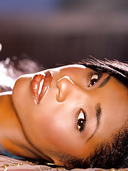 Playmate Exclusive December 2006 - Kia Drayton�