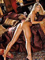 Playmate of the Month July 2004 - Stephanie Glasson�