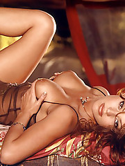 Playmate of the Month September 1998 - Vanessa Gleason�