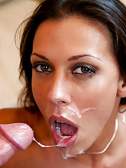 Rachel Starr gets her hot pussy pounded