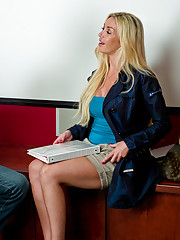 Blond teacher shows her student how to fuck a pussy right