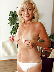 Granny in Panties