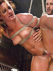Savannah Fox in bondage role play, anal sex, rough sex and squirting orgasms!